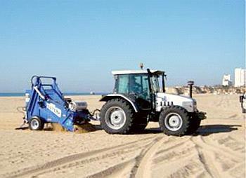 EMARP - separacao residuos trator praia